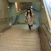 01,(阪急河原町出口4高島屋東口)高島屋からの階段をあがるよ。