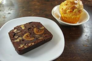 マフィン ★イチヂクとクルミのチョコケーキ