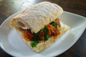 トリッパのサンドイッチ